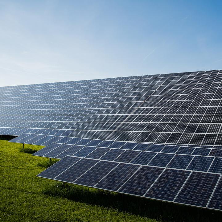 A4a33828925f72232410268a4f4a75c39c08936e   solar panels s